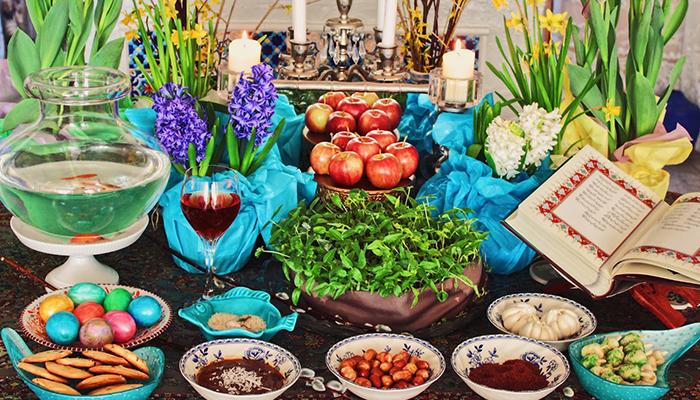 tavola imbandita per il capodanno iraniano
