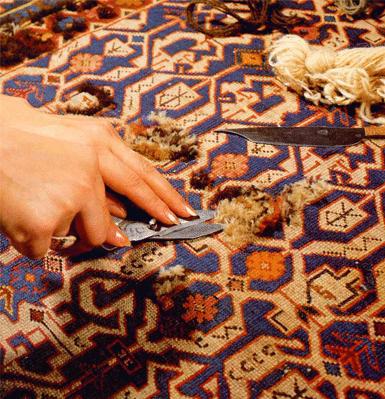 innesto nuovi nodi  restauro tappeto